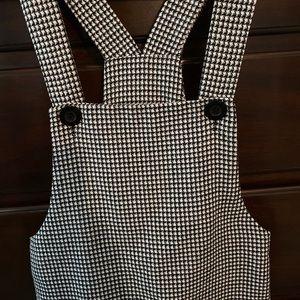 Dresses & Skirts - Vintage Black and White Jumper